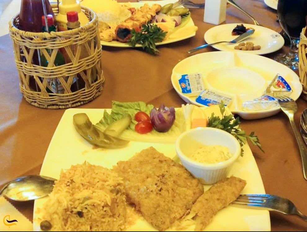غذای خوشمزه در کوه نور