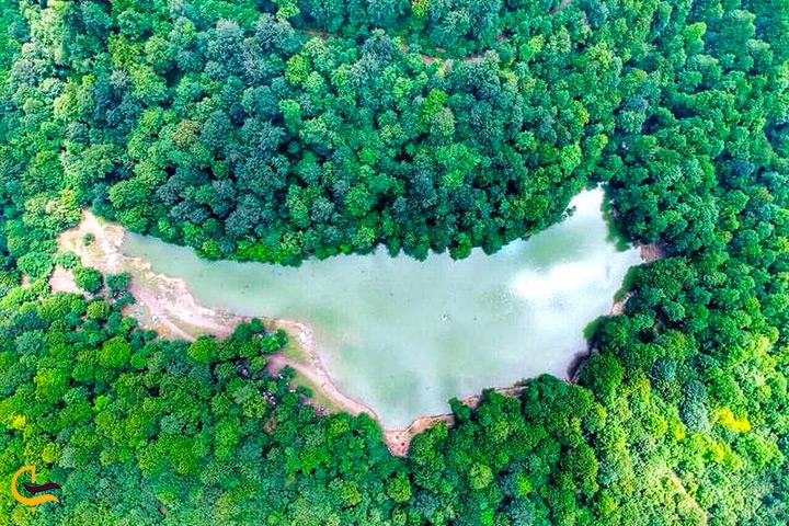 شکل هندسی دریاچه چورت