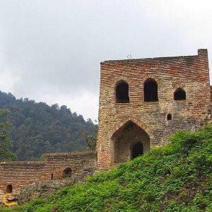 نمایی از بنای قلعه