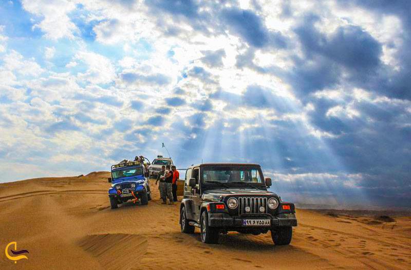 آفرود سواری در کویر ورزنه
