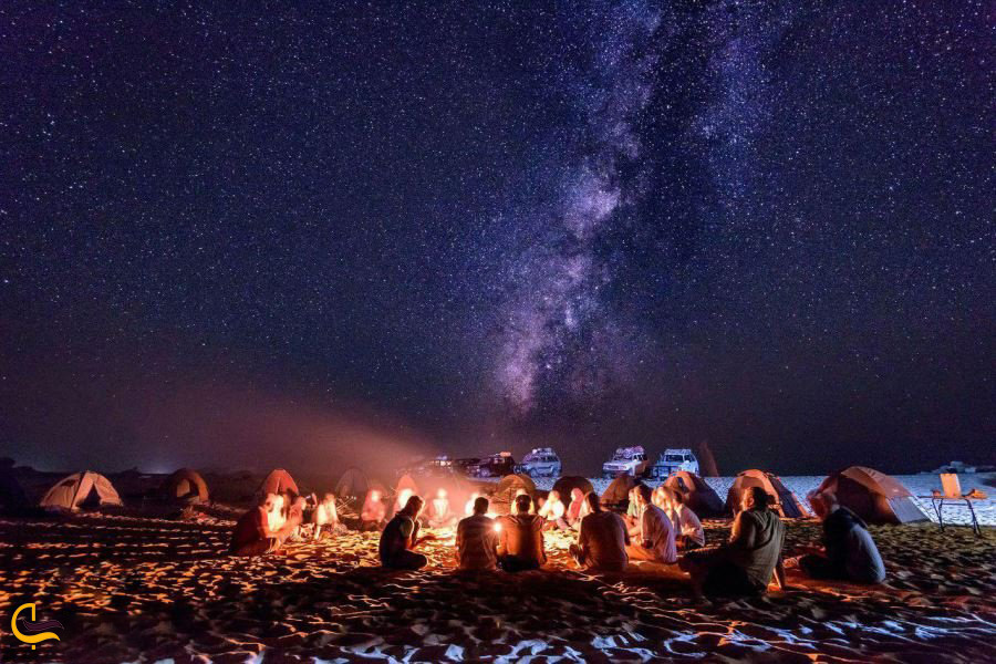 شب نشینی در کویر ورزنه