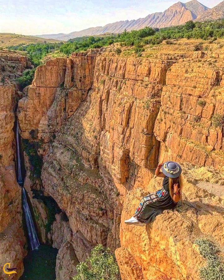 آبشار پیران از نمای دور