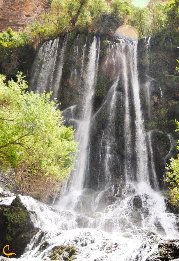 آبشار شوی در تابستان