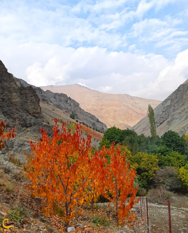 رشته کوه البرز در نزدیکی روستای آهار