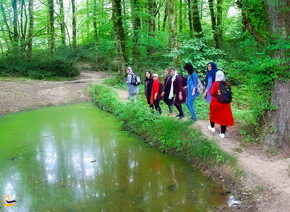 سفر گروهی به دریاچه ارواح