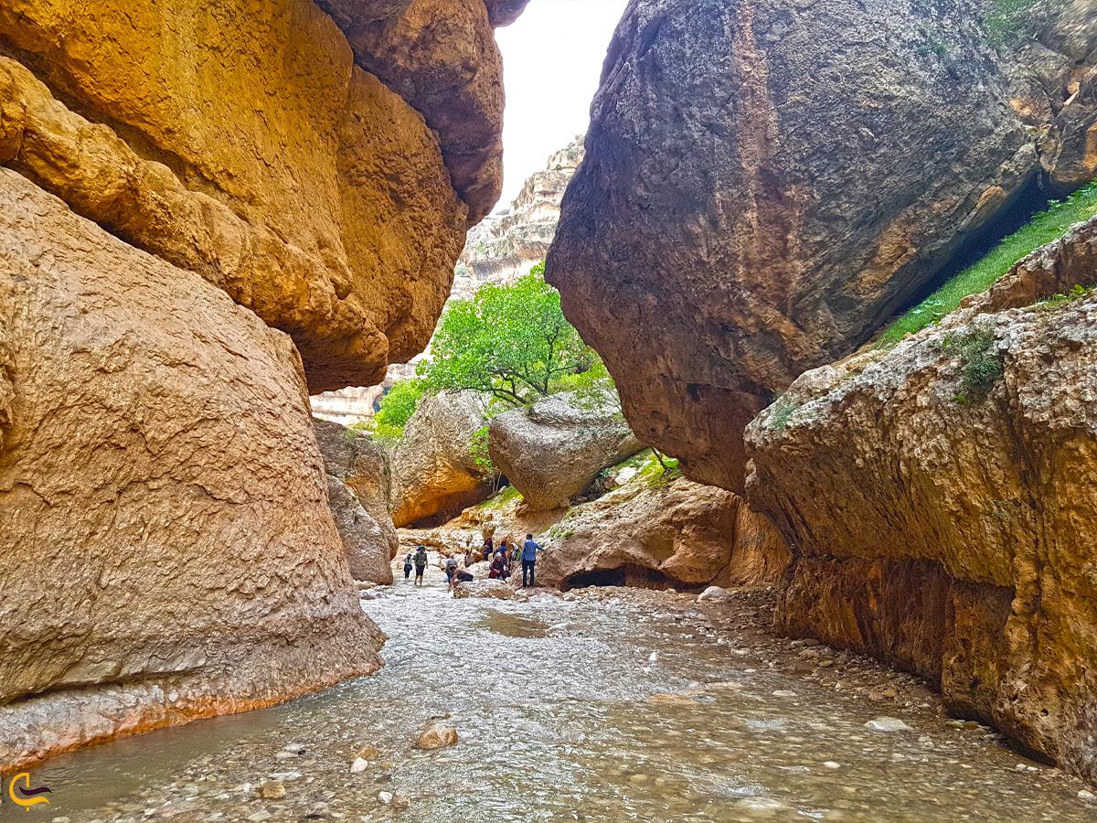 رودخانهنوردی در دره شیرز