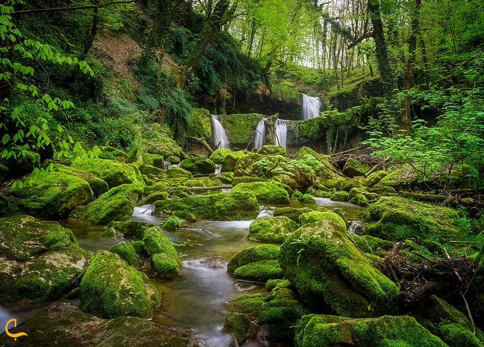 زیبایی هفت آبشار تیرکن در یک قاب