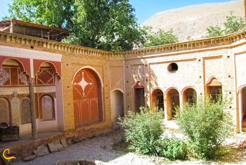 کوشک حاجی آباد