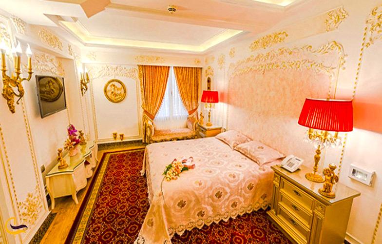 نمای داخلی از هتل قصر طلایی