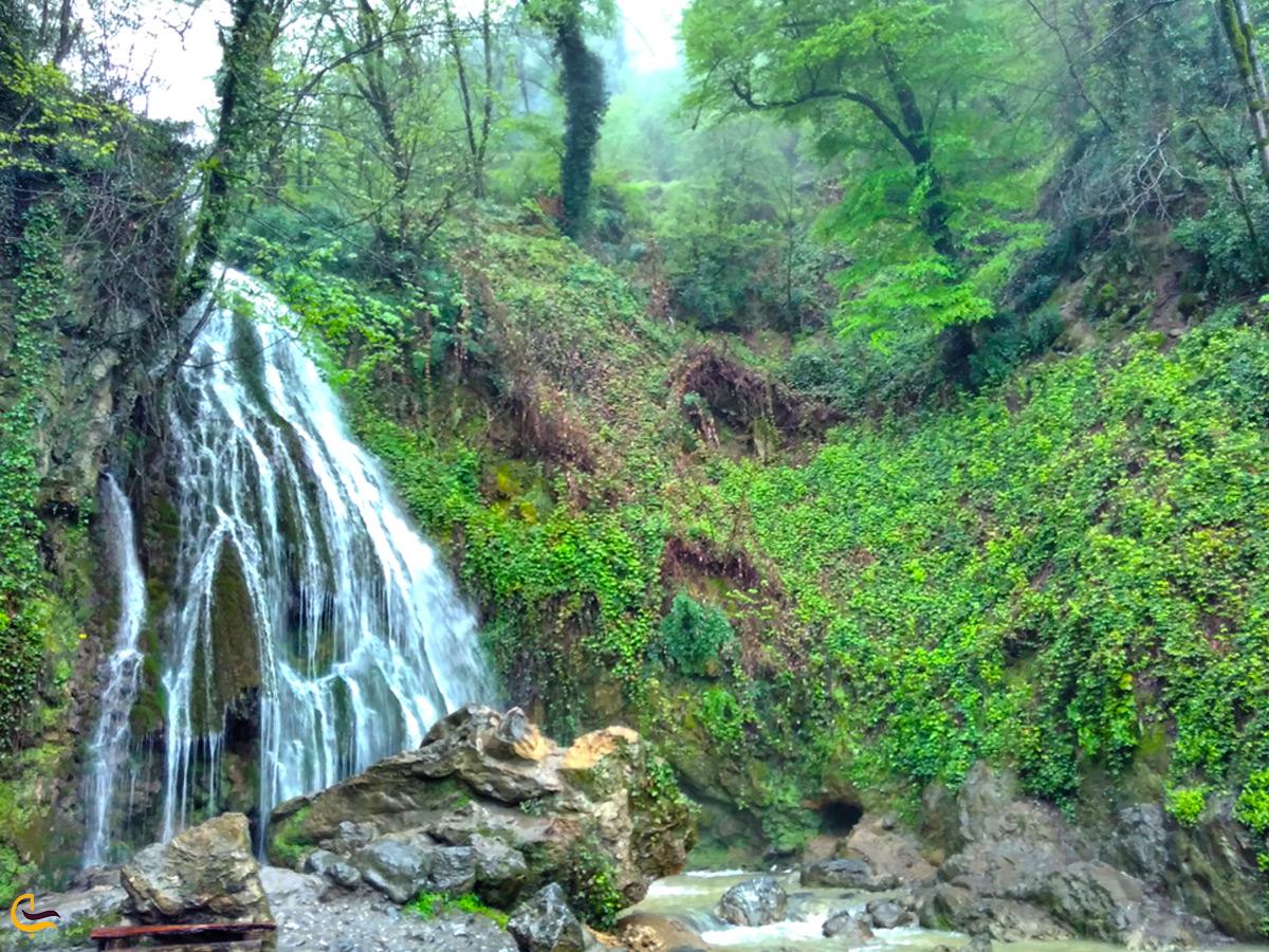 آبشار کبودوال در بهار