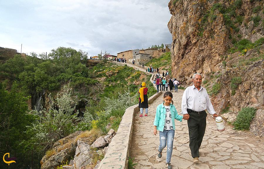 بازدید از آثار تاریخی روستای چناقچی علیا