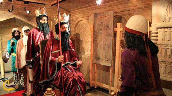 مجسمه کوروش کبیر در موزه خانه زینت الملوک