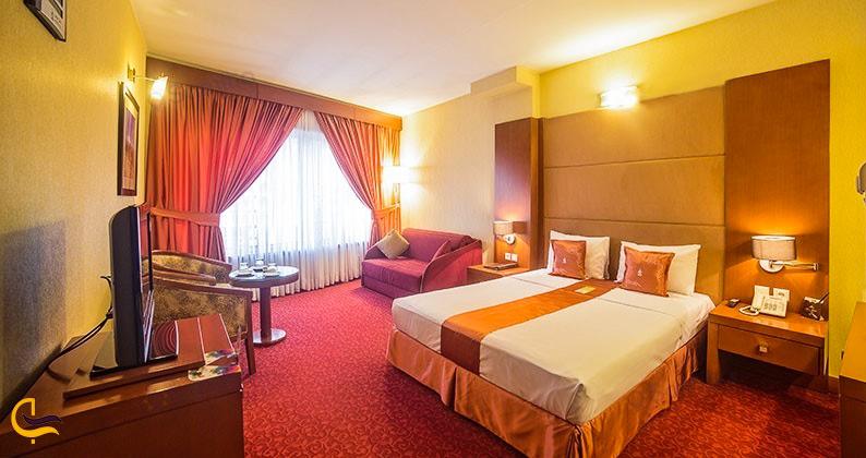 نمای داخلی هتل توس