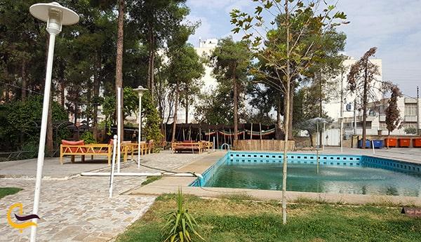 تصویر فضای فوق العاده و طبیعت دلنواز هتل جهانگردی شیراز