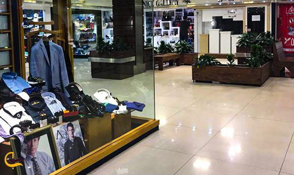 تصویر فروشگاه مردانه در مرکز خرید ونک