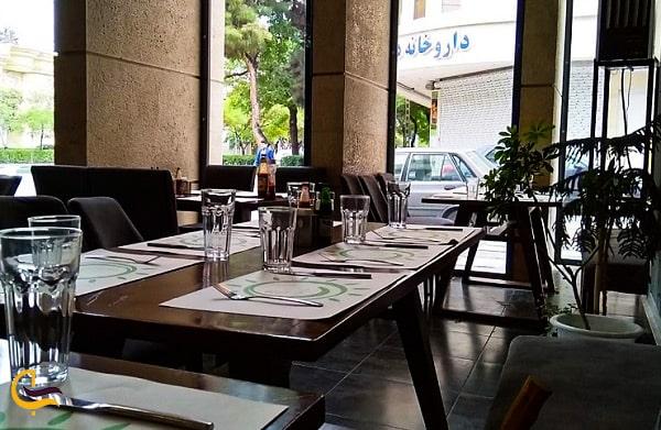 تصویر نمای داخلی رستوران ایتالیایی لیو
