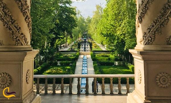 نمای داخلی طول باغ تا در ورودی باغ فردوس