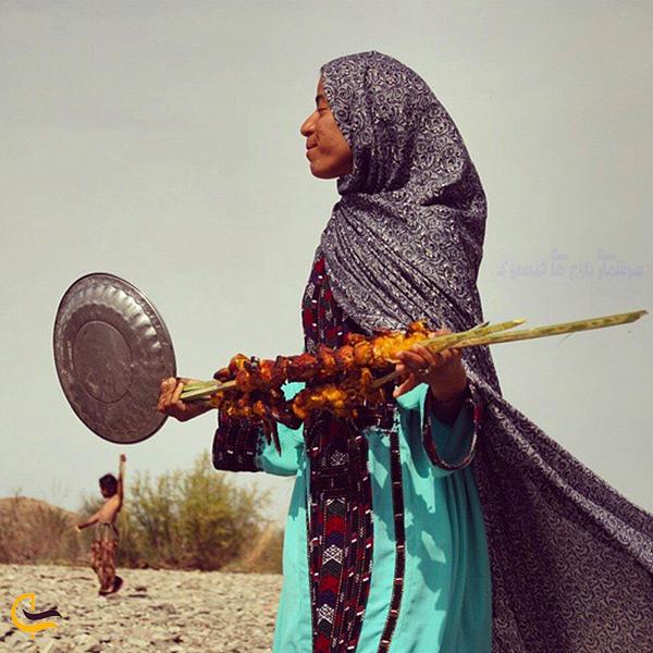 طبخ غذای اصیل بلوچستانی تنورچه