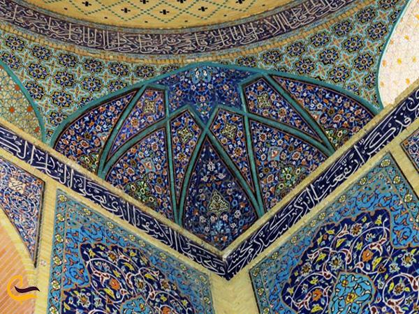 میناکاری و نقوش بنای امامزاده شاه محمد تقی