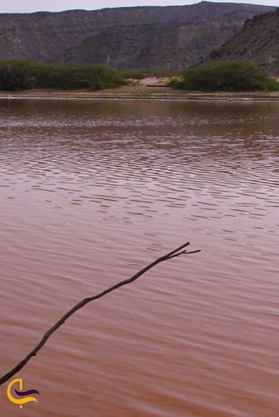 تالاب لیپار دریاچه صورتی در سیستان بلوچستان