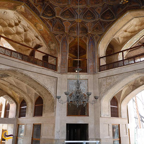 کاشی کاری های سقف کاخ هشت بهشت