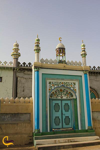تصویری از نمای ورودی مسجد جامع تیس