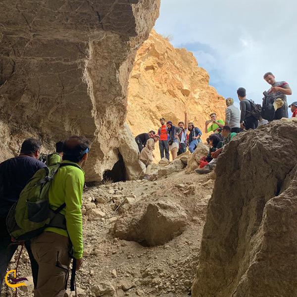 غارنوردی در برازجان بازدید از غار بسیار زیبای گوریک