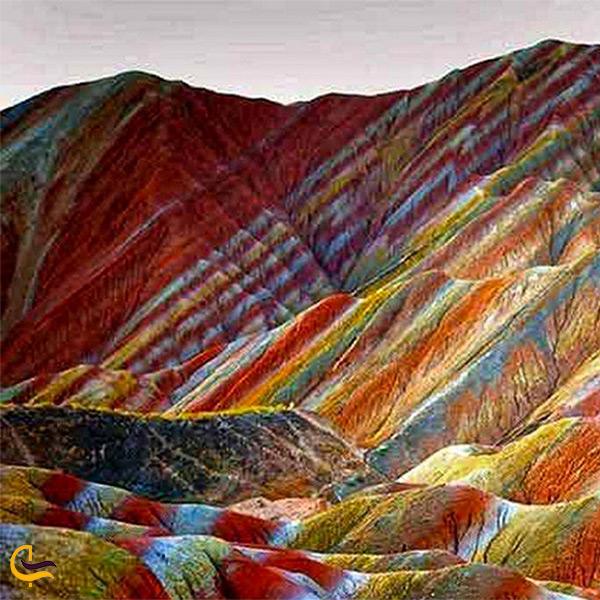 همه چیز درباره کوه رنگین کمانی خوردنی در هرمزگان
