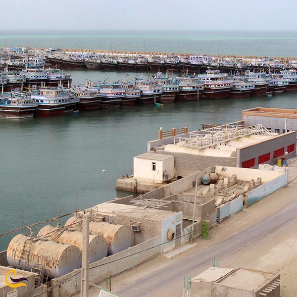 کشتی های تجاری بندر گواتر