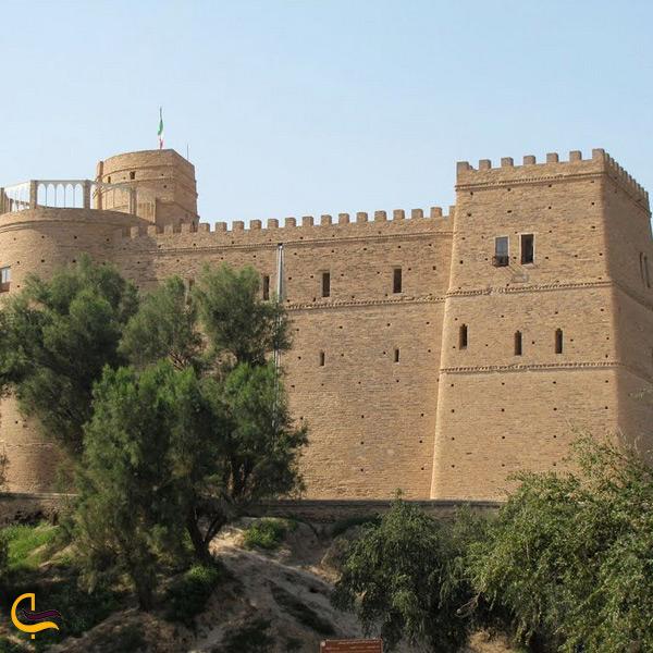 تصویری از روبهروی قلعه فرانسوی ها