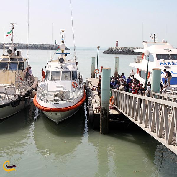 کشتی ها و قایق های تفریحی بندر نوشهر