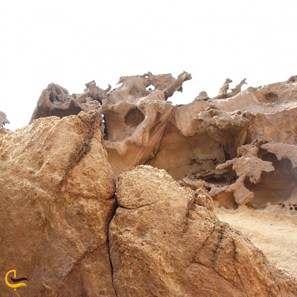 اشکال عجیب سنگ های دره ی مجسمه ها