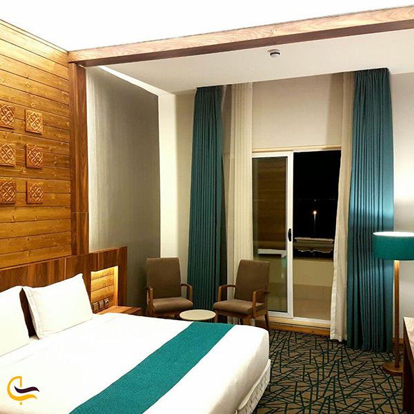 اقامت در هتل زیبای میزبان