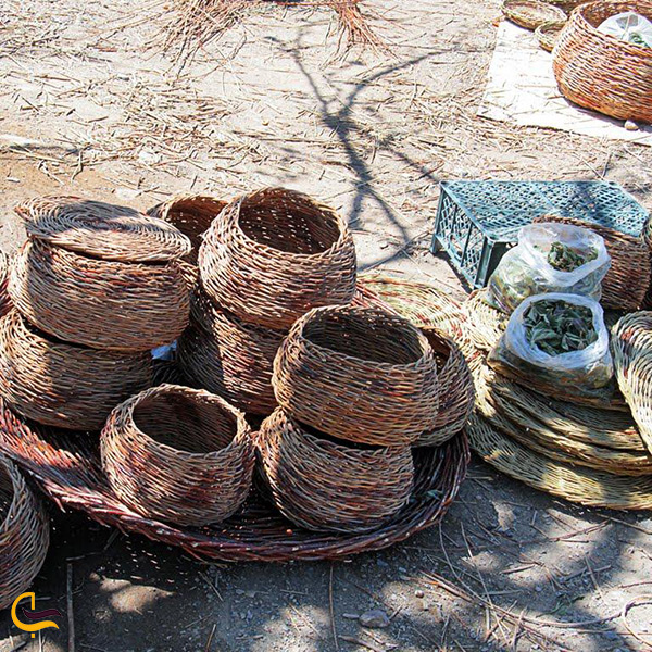 سبد بافی هنر اصیل مردم محمودآباد