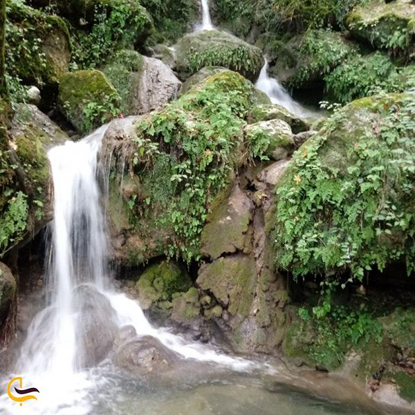 تصویر زیبای آبشار چلندر نوشهر