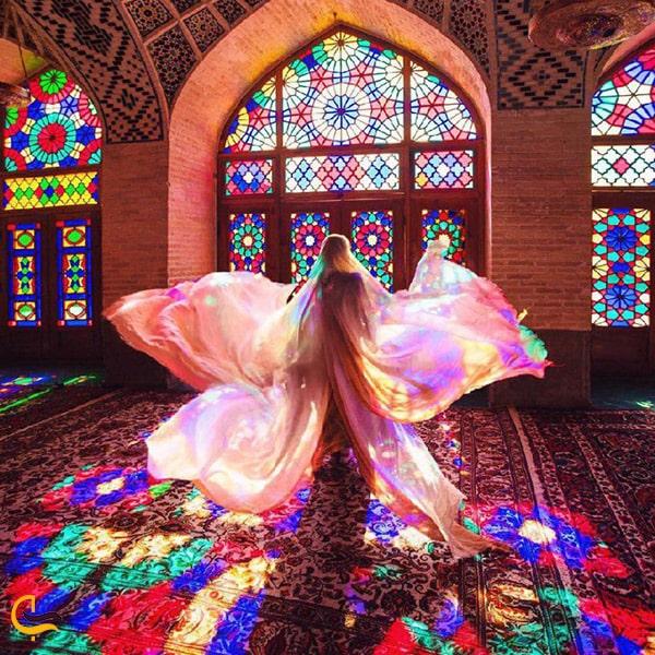 پنجره های زیبا مسجد نصیر الممالک