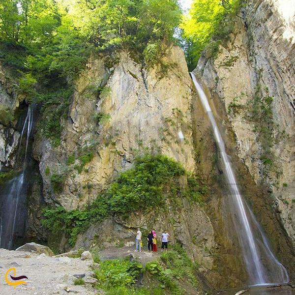 تصویر آبشار سنگ بن چشمه