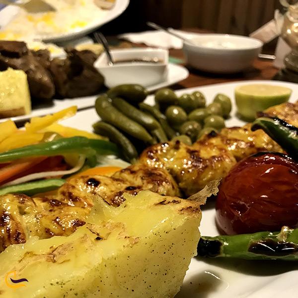 تصویر غذای معروف رستوران خاقان