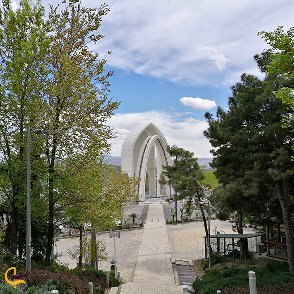 معماری بوستان طالقانی و جاذبه های دیدنی این بوستان