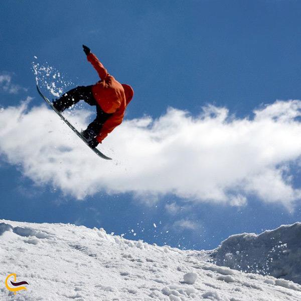 بهترین فصل رفتن به پیست اسکی خور