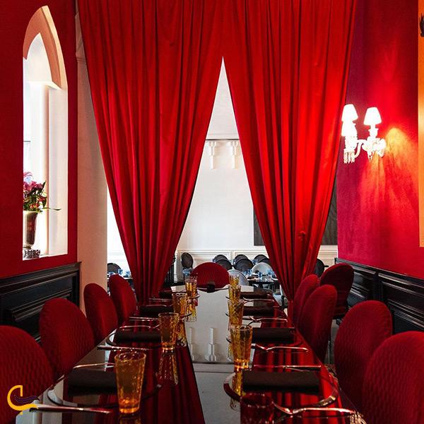 طراحی بسیار زیبای رستوران دیوان