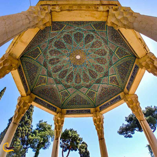 تصویر بسیار زیبا از حافظیه شیراز