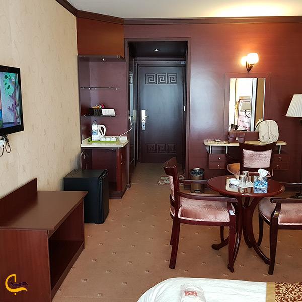 اقامت در هتل شادی سنندج