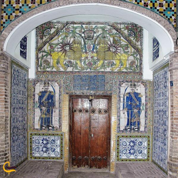 در ورودی موزه مردم شناسی سمنان