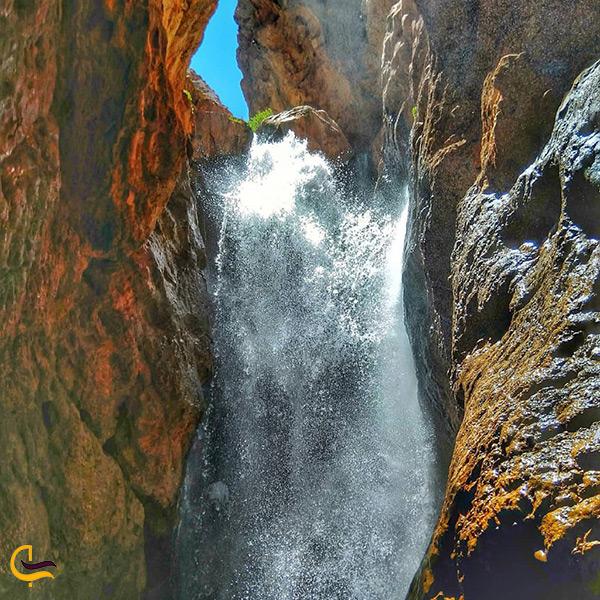تصویر زیبا از آبشار مجن سمنان