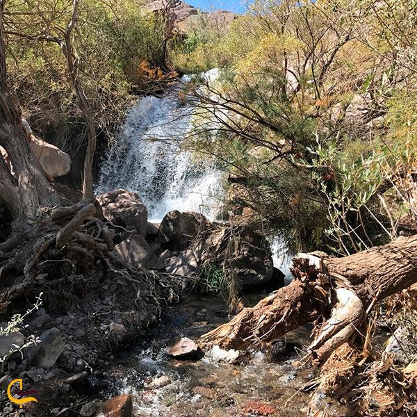 تصویر زیبا از آبشار سیمک
