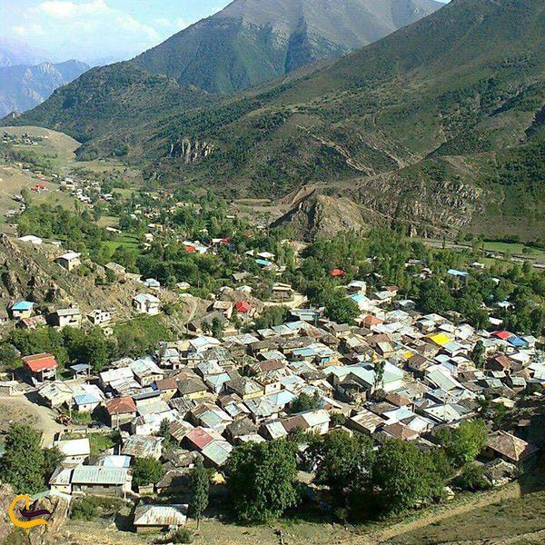 تصویری زیبا از منازل روستای الیت