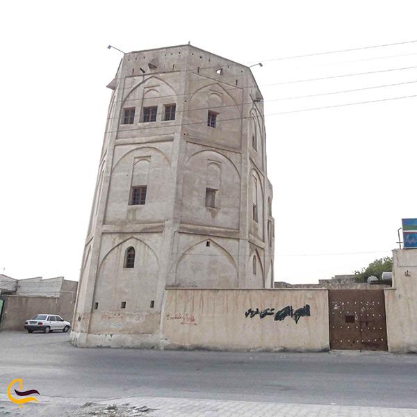 تصویر زیبا از قلعه خورموج در شهرستان دشتی