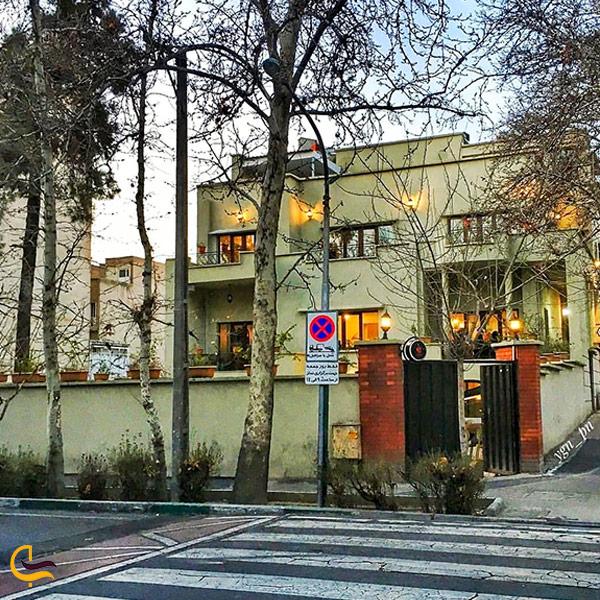 نمایی از کافه گدار تهران