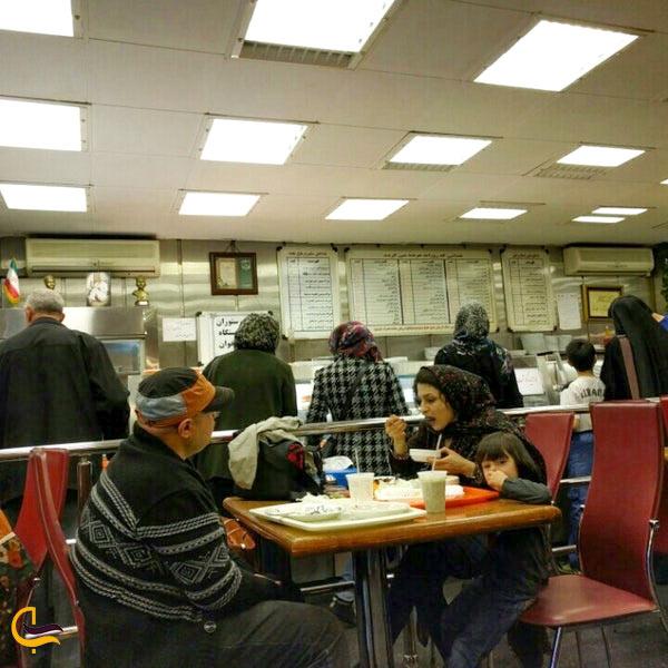 ازدحام جمعیت در رستوران موبی دیک